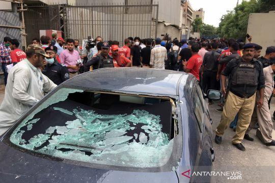 Serangan bersenjata di bursa efek Pakistan