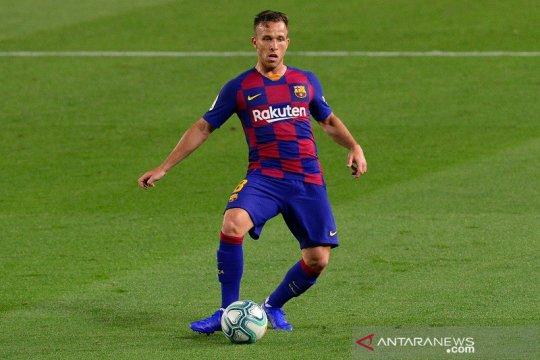 Barcelona, Juventus resmi umumkan tukar tambah Arthur dengan Pjanic