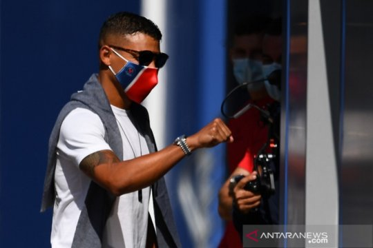 PSG kontrak Thiago Silva dan dua pemain lain hingga akhir musim
