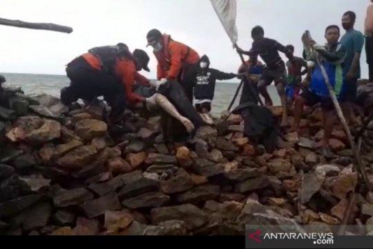 """Basarnas Kendari temukan nelayan korban tabrakan """"tugboat"""" meninggal"""