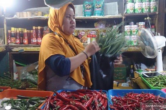Kecamatan Tebet siap awasi kebijakan larangan kantong plastik