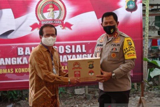 Polda Metro bagikan 2.300 paket sembako rayakan Hari Bhayangkara ke-74