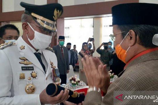 Gubernur Sulteng lantik Rais Adam sebagai Bupati Banggai Kepulauan