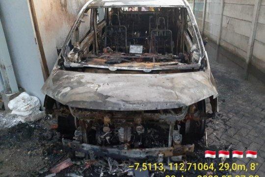 Polisi pindahkan tersangka pembakar mobil Via Vallen