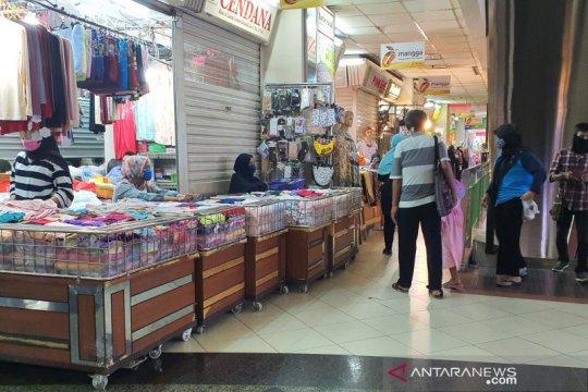 Pengelola tunggu putusan Pasar Jaya  tutup Pasar Tanah Abang Blok A