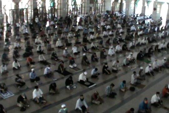Masjid Al-Markaz Al-Islami kembali gelar Shalat Jumat