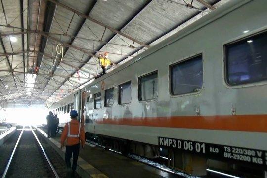 Empat KA reguler kembali beroperasi untuk umum