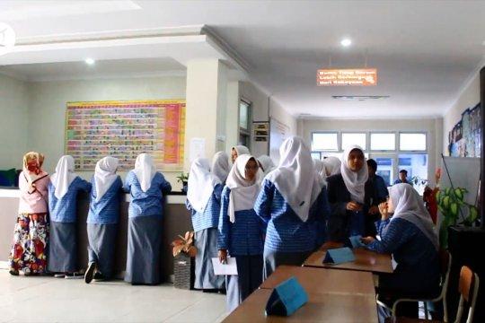 Sumbar buka sekolah Juli dengan syarat