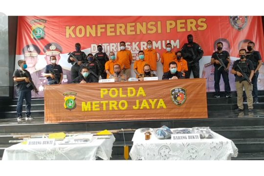 Polisi sita pistol dan amankan 5 anak buah John Kei