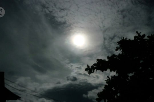 PWNU Babel gelar shalat gerhana matahari