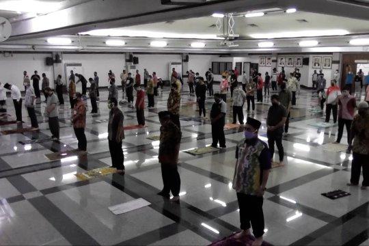 Gelar shalat Jumat untuk 100 orang, Ganjar Pranowo akan evaluasi