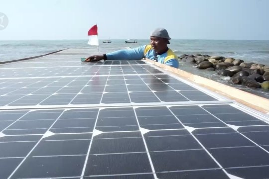 Inovasi perahu nelayan tenaga surya