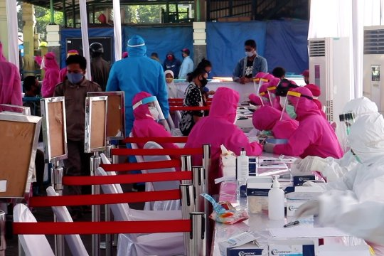 Surabaya terus gencarkan tes cepat