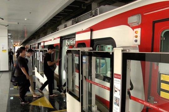Jam operasional LRT  Jakarta diperpanjang