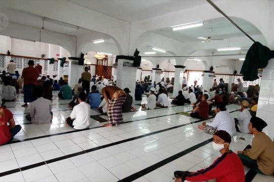 Pengurus Masjid Al-Riyadh imbau jamaah taati protokol kesehatan
