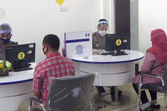 Transisi normal baru pelayanan Satpas Colombo Surabaya