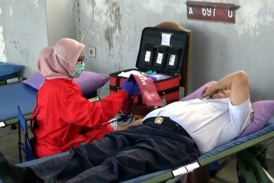 Stok menipis, Dinas Perhubungan Cilegon gelar donor darah