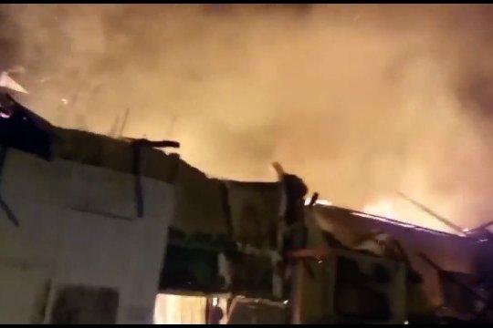 Pabrik roti terbakar di Cirebon