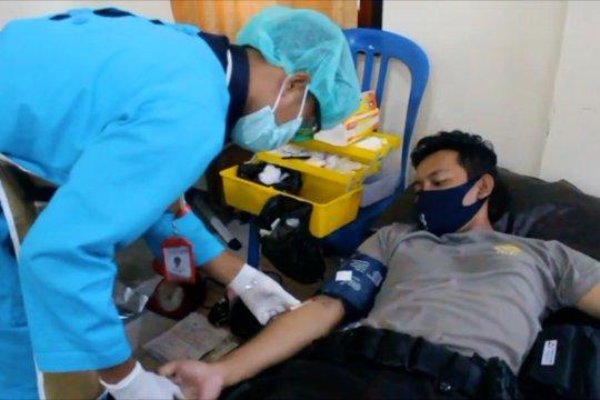 Ratusan anggota Polda Papua lakukan donor darah