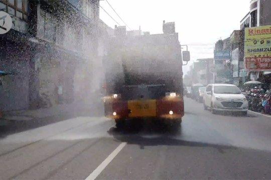 Jelang Normal Baru di Kota Cirebon, Polda Jabar semprot disinfektan