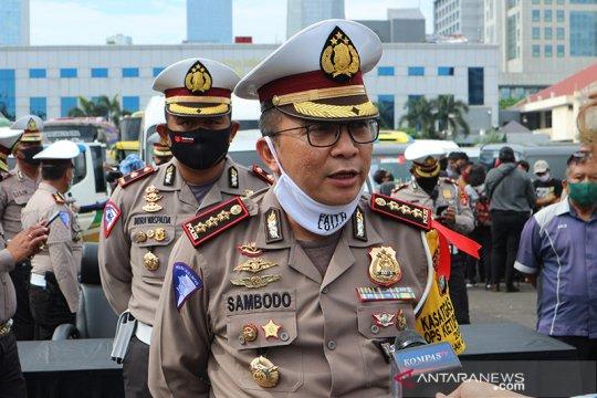 Polda Metro Jaya tunda aktivasi ganjil genap demi protokol kesehatan