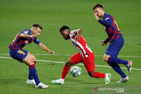 Atletico gagalkan upaya Barcelona kembali ke puncak klasemen
