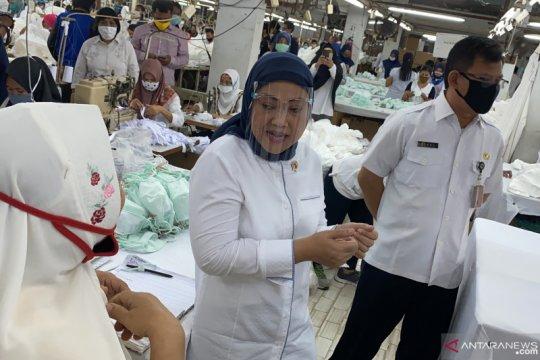 Menaker minta tidak ada diskriminasi terhadap pekerja perempuan