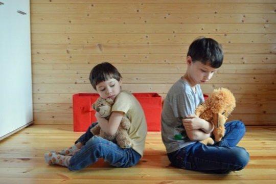 Pentingnya membangun komunikasi dengan anak