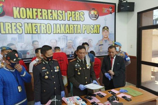Polres Jakpus tangkap polisi gadungan pemeras WNA hingga Rp150 juta