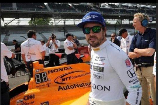 Uji mobil Renault di Barcelona, Alonso siap untuk awal baru di F1