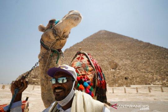 Perempuan Mesir berusia 107 sembuh dari corona