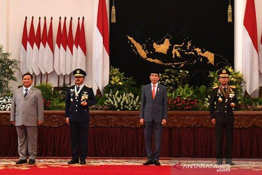 Presiden anugerahkan tanda kehormatan Bintang Bhayangkara Nararya