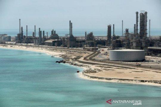 Minyak turun ketika kasus corona meningkat dan produksi Libya bangkit