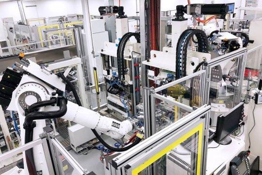 Truk hidrogen Daimler dan Volvo bakal dirilis mulai 2025