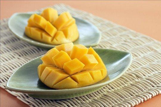 Resep menu berbahan buah segar, sorbet lengkeng hingga salad mangga
