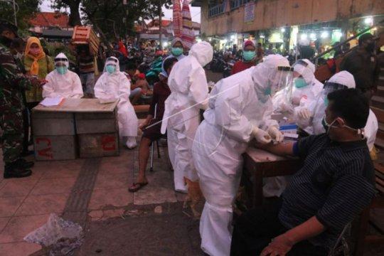 Pegawai Pemkot Surabaya diminta bantuan uang penanganan COVID-19