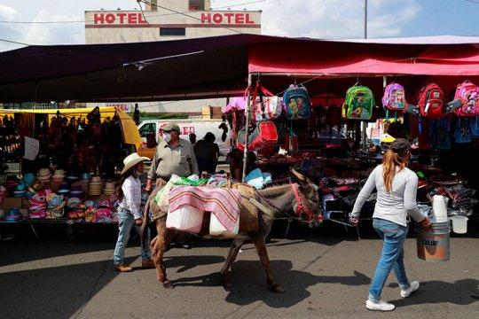 Wali Kota Mexico City positif corona