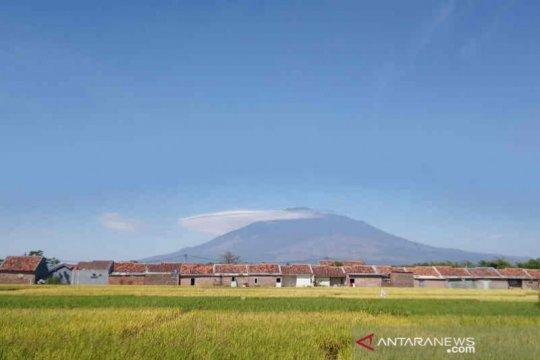 Masih pandemi, TNGC belum buka jalur pendakian Gunung Ciremai