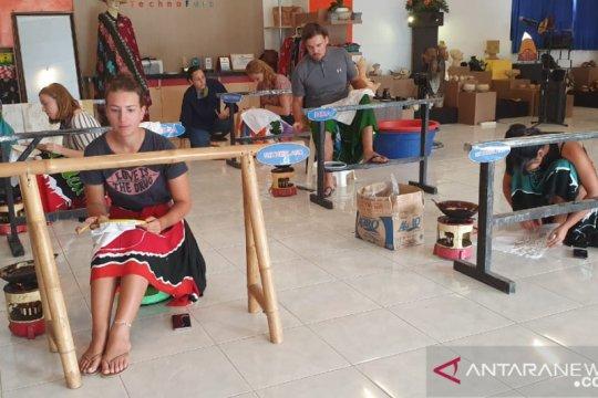 Wisatawan asing bantu promosikan wisata edukasi SMKN 5 Mataram