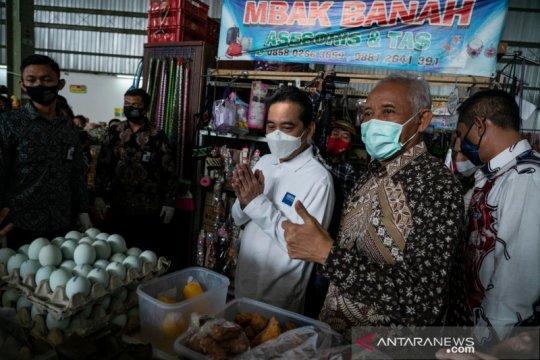 Mendag ajak Setiap Kamis Selalu Optimis dengan pakai produk Indonesia