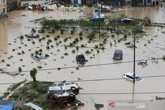 Setelah banjir, China dilanda Topan In-fa