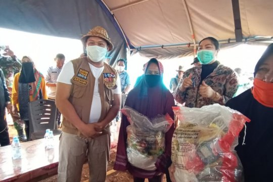 Korban banjir di Konawe Utara dipasok bantuan sembako PKK Sultra