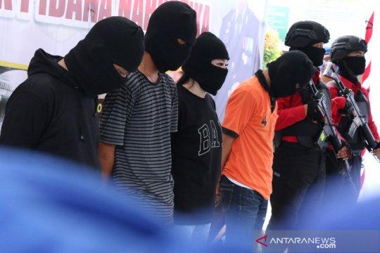 Pengungkapan 3,3 kilogram sabu-sabu kado terindah di HUT Bhayangkara