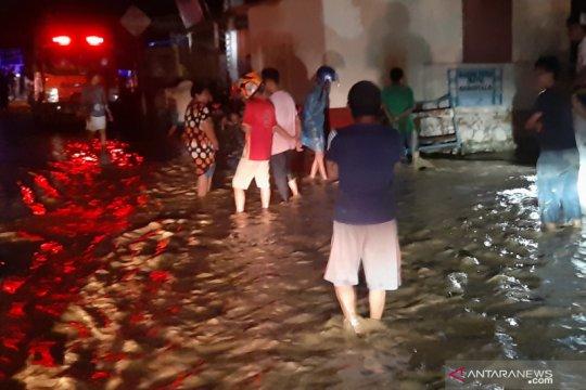 4.141 korban banjir padati 12 pengungsian di Kota Gorontalo