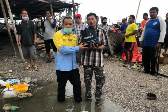 Ekonomi lesu, Dahana bantu nelayan terdampak pandemi COVID-19