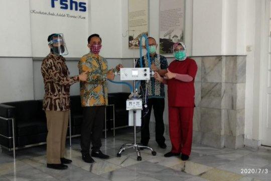 LIPI serahkan alat bantu pernafasan ke RS Hasan Sadikin Bandung