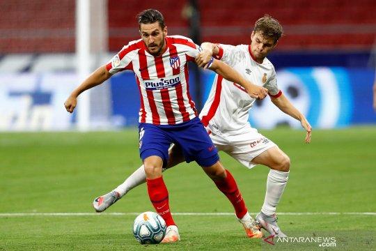 Chelsea dilaporkan tolak opsi permanenkan Saul dari Atletico Madrid