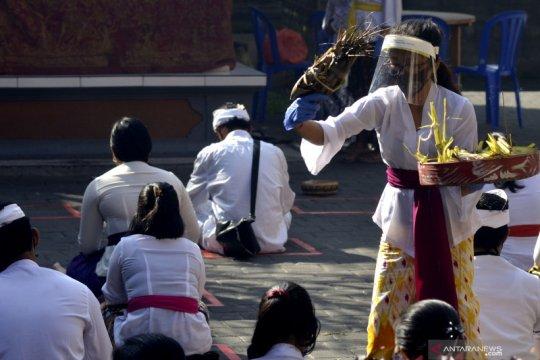 Hari Raya Saraswati