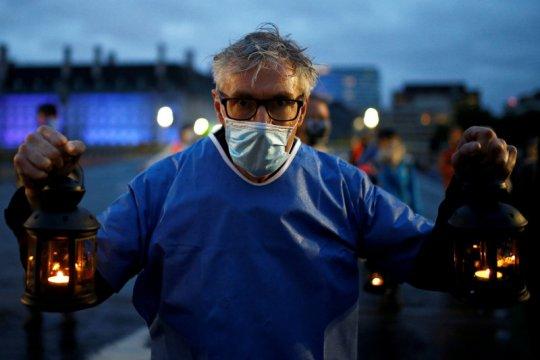 Cegah kebangkitan corona, Inggris tingkatkan dana perawatan kesehatan
