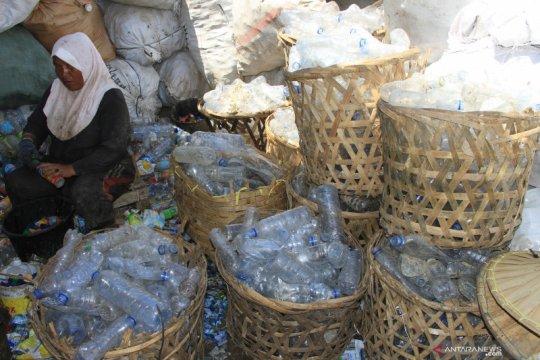 Ahli: Daur ulang solusi persoalan sampah plastik di kota besar